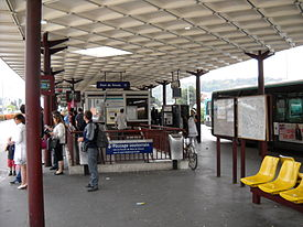 Paris metro - Pont de Sèvres - Bus station - 2.JPG