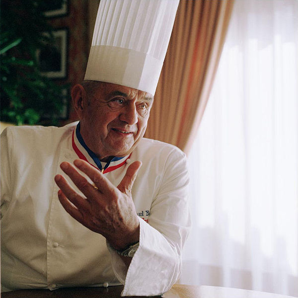 Paul Bocuse pendant 53 ans, 3 étoiles au guide Michelin