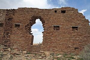 Peñasco Blanco - Peñasco Blanco Pueblo wall.