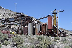 Perlite - Perlite mine in Owens Valley, California.