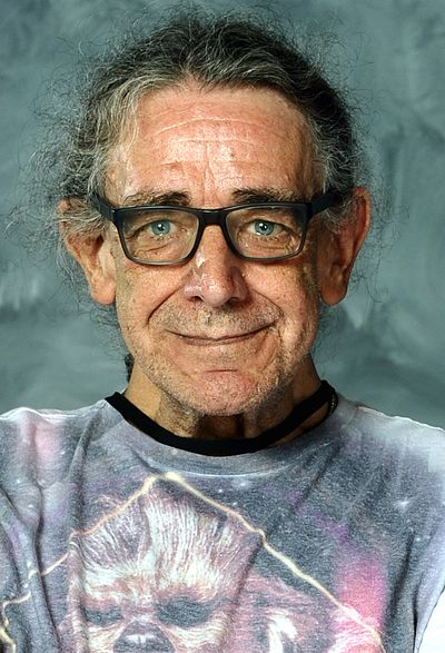 Peter Mayhew, English-American actor