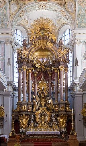 St Peter's Church (Munich) - High altar