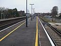 Petts Wood stn slow southbound look north.JPG