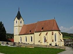 Pfarrkirche Zelking 2010.jpg