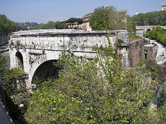Ponte Rotto.jpg