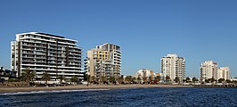 Port Melbourne Beacon Cove.jpg