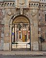 Porta exterior de Sant Miquel dels Reis.JPG