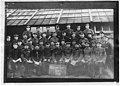Portrait de groupe, prisonniers de guerre allemands, chorale Männerchor - Tours - Médiathèque de l'architecture et du patrimoine - APZ0006898.jpg
