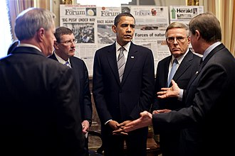 2009 Red River flood - U.S. President Barack Obama, at the U.S. Capitol, meets with Minnesota and North Dakota's senators and representatives about the flooding.