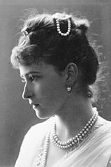 Princess Elisabeth of Hesse 1887 (a).jpg