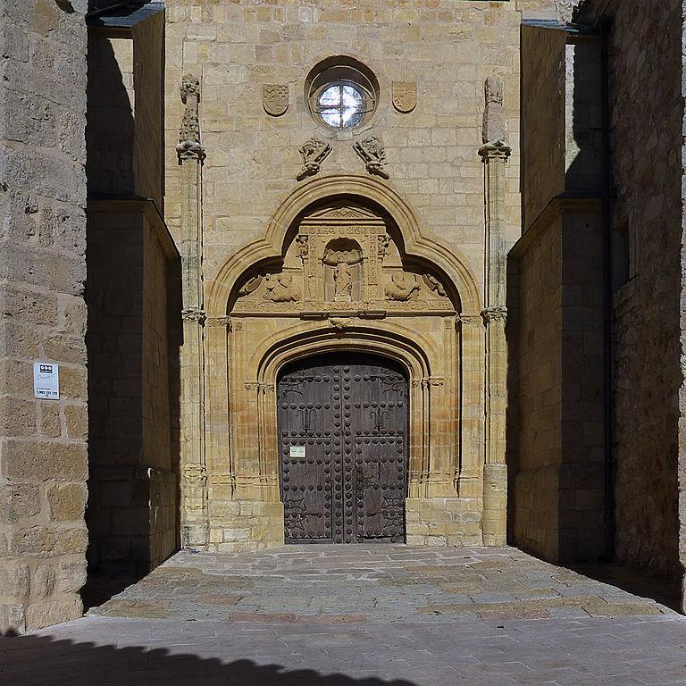Archivo puerta del sol colegiata de san bartolom for Puerta del sol 3