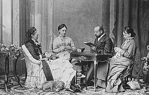 Charles Woodcock - Charles Woodcock reads in Nizza to queen Olga von Württemberg in the arm chair and two ladies-in-waiting