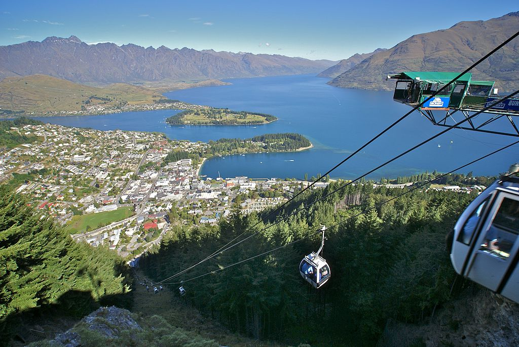 Queenstown, New Zealand -gondola-16Jan2008