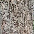Rökstenen (Ög 136) baksida 3974.jpg