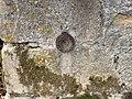 Repère nivellement Église St Barthélemy St Genis Menthon 1.jpg