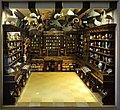 Ricostruzione in scala della stanza delle meraviglie di francesco calzolari, pubblicata nel musaeum caceolariur a verona nel 1622, 01.jpg