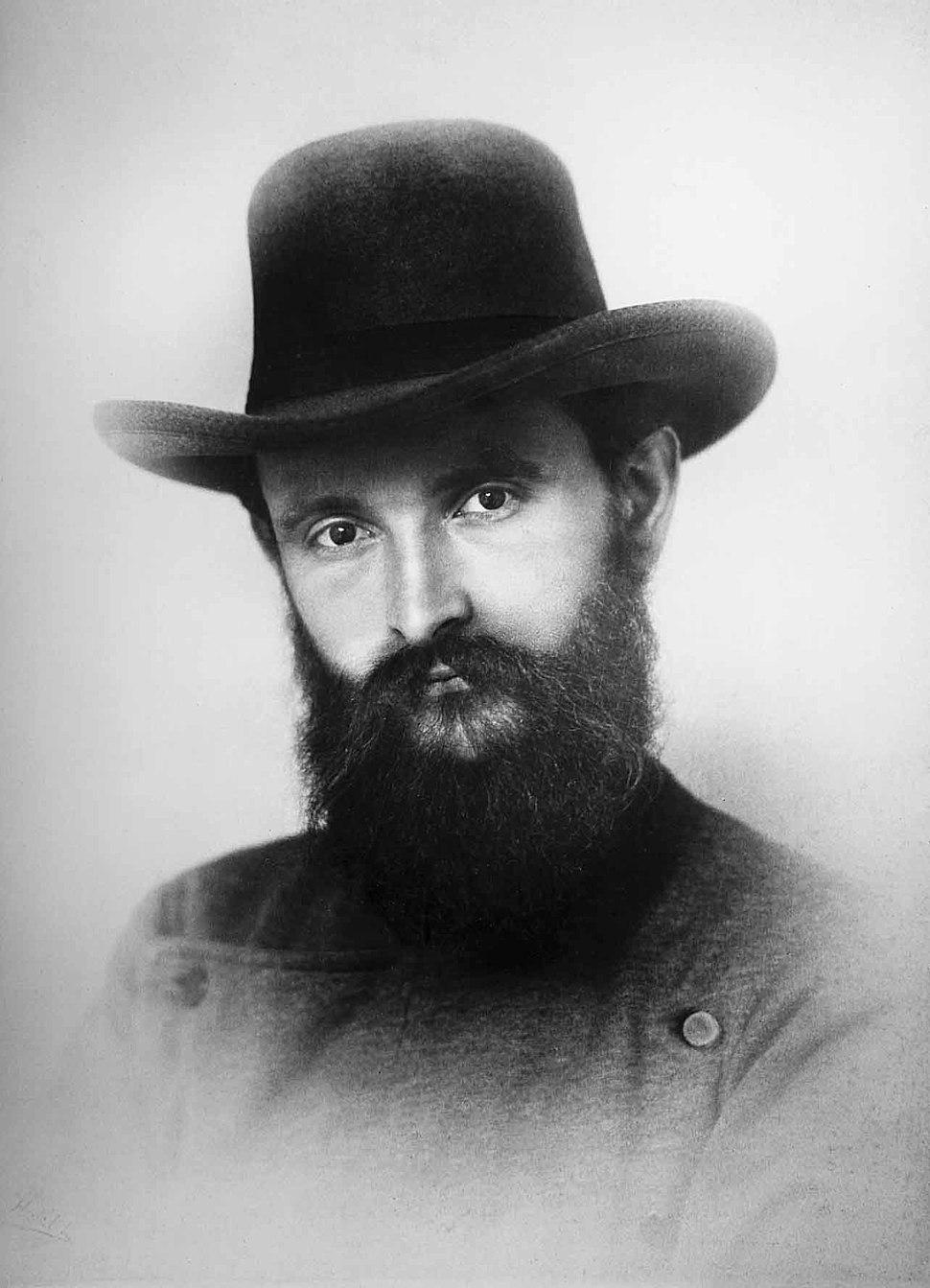Robert Bosch mit Hut 1888 - 10031