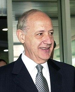 Roberto-Lavagna-2004.jpg