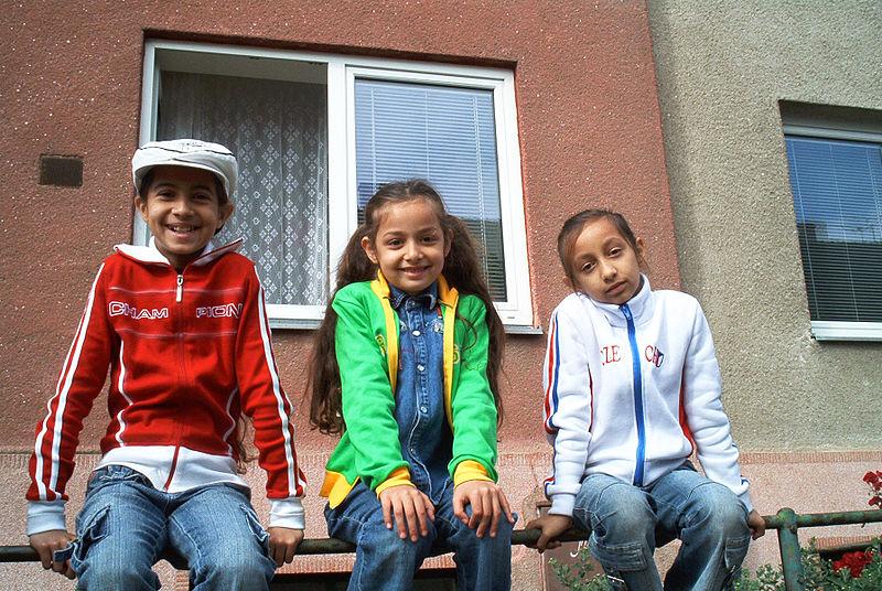 File:Romany children.jpg