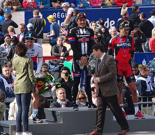 Roubaix - Paris-Roubaix, 12 avril 2015, arrivée (B24).JPG