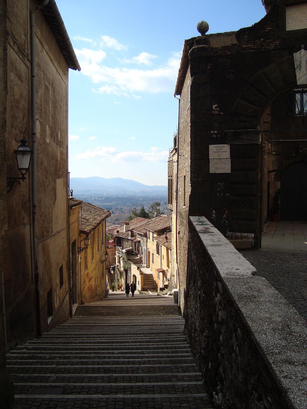 Palestrina (Italie) — Wikipédia