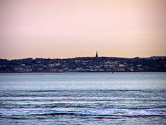 Ryde from the Solent in April 2009 2.jpg