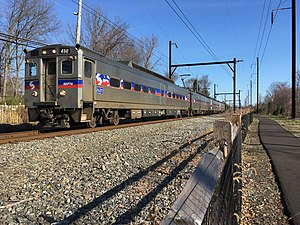 SEPTA Silverliner IV 450 inbound between Hatboro and Willow Grove.jpeg