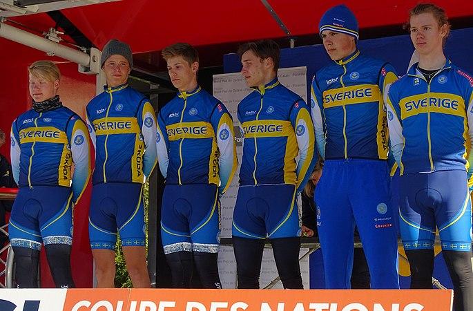 Saint-Amand-les-Eaux - Paris-Roubaix juniors, 10 avril 2016, départ (B012).JPG