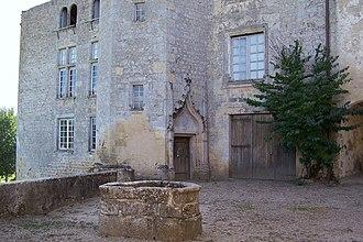 Château de Tardes - Image: Saint Macaire 33 Château de Tardes 04