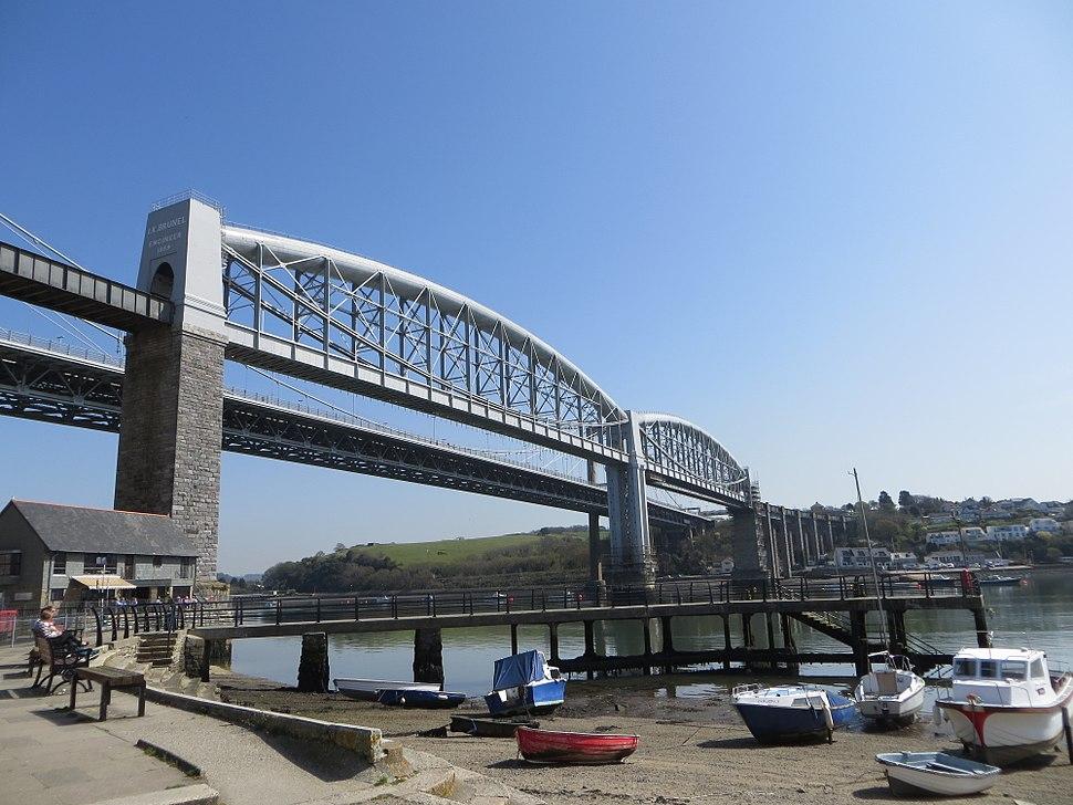 Saltash and the bridges (17004097579)