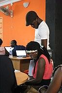SamOye Explaining Editing WikiDemocracy Event May 2017 29.jpg