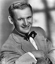 Sammy Kaye in 1952.