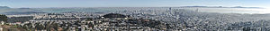 San Francisco Panorama from Twin Peaks 2013.jpg