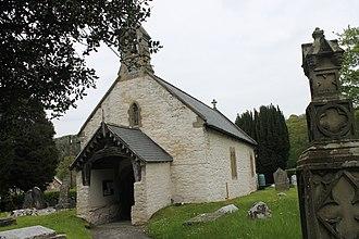 Efenechtyd - Image: Sant Mihangel a'r Holl Angylion, Efenechtyd, Sir Ddinbych 01