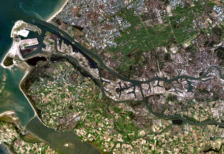 Satellite image of Rotterdam and its port Satellite image of Europoort, Netherlands (4.25E 51.90N).png