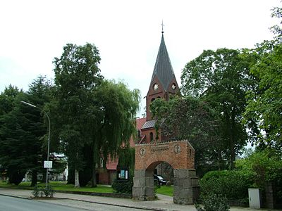 Satrup Kirche.jpg