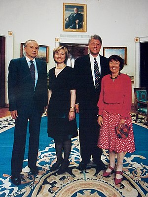 Foreign policy of the Bill Clinton administration - Bill Clinton and Ambassador Harry Schwarz who negotiated lifting the remaining sanctions on South Africa