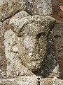 Sculpture (portail sud de la chapelle).jpg