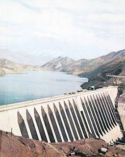 Sefidrud Dam Dam in Manjil, Iran