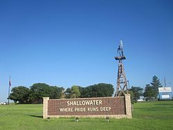 Shallowater welcome sign