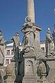 Sloup se sousoším Nejsvětější Trojice naKrakonošově náměstí v Trutnově 01.JPG