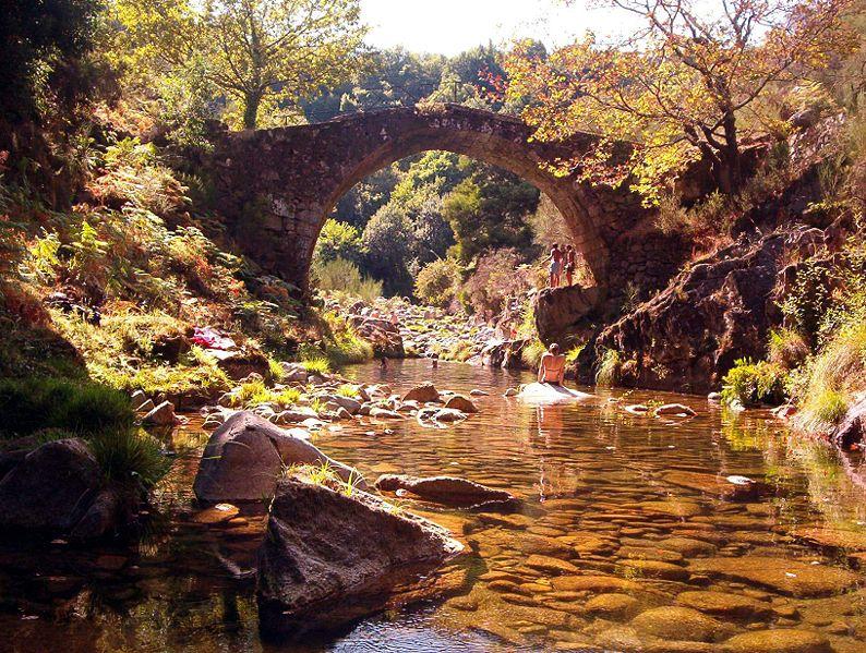 Imagem:Soajo ponte romana.jpg