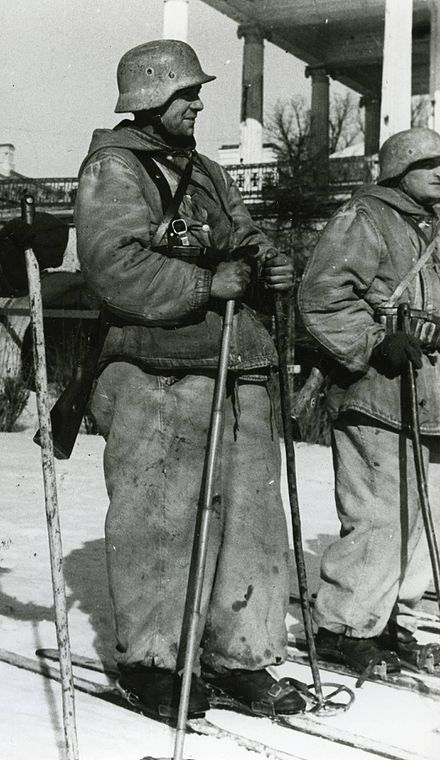 Blue Division skiers prior to their departure on a mission. Scenes like these were common amongst the Spanish Army throughout the Winter Campaign Soldiers of the Spanish Blue Division.jpg