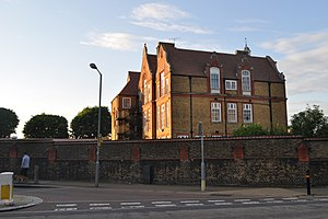 Southfields - The school on Merton Road is a Grade II listed building