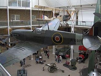 Noel Agazarian - Spitfire R6915, Imperial War Museum (2005)