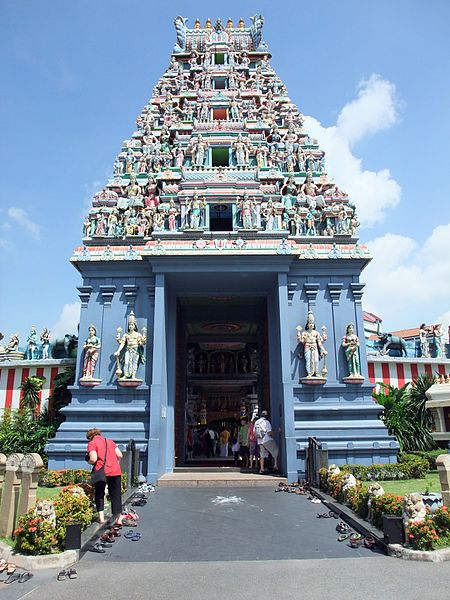 Datei:Sri Srinivasa Perumal Temple Singapore.JPG