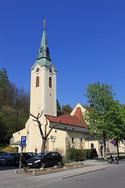 Datei:St. Stephan Amstetten.jpg