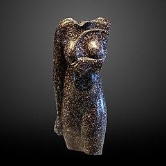 Statue of a queen-AF 12417