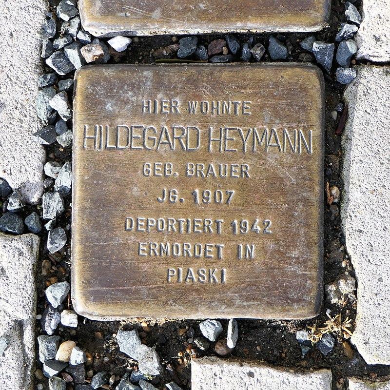 Stolperstein für Hildegard Heymann, Heinrich-Heine-Strasse 12, Freiberg.JPG