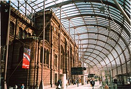 Strasbourg Railway Station inside.jpg